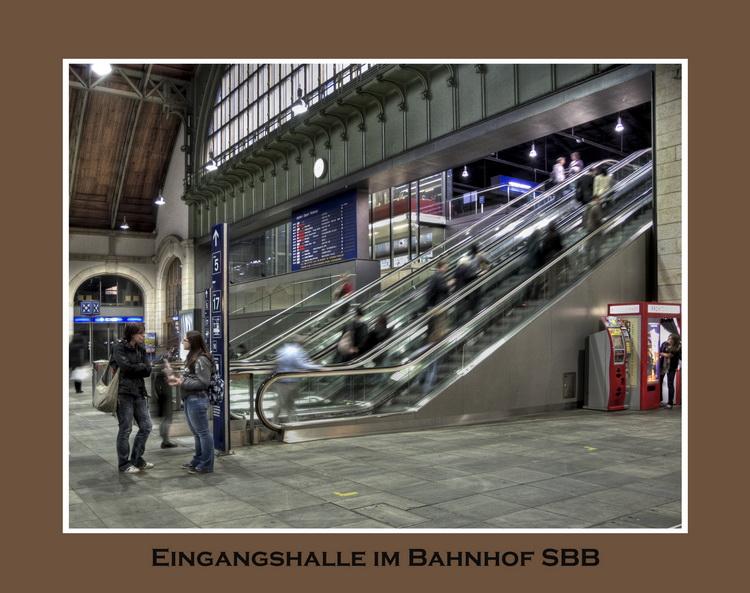 P1250109 Photomatix Basel Bahnhof PICASA BASEL HIT5 75bpi