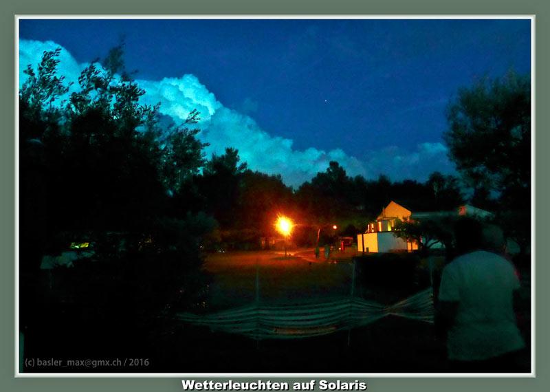 Camping Solaris: Party nach Unwetter Wohnwagen Einweihung: Wetterleuchten