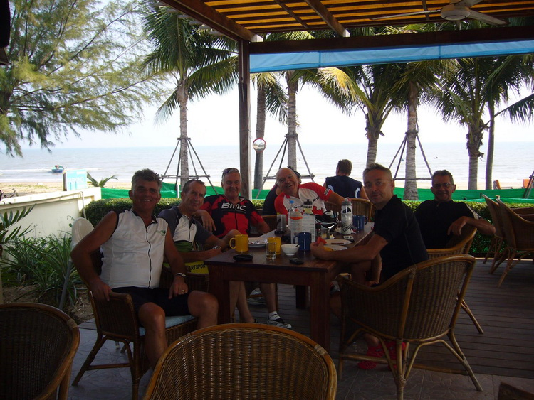 Frühstück in der Dolphin Bay