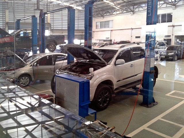 Werkstatt-Halle der Toyota Garage