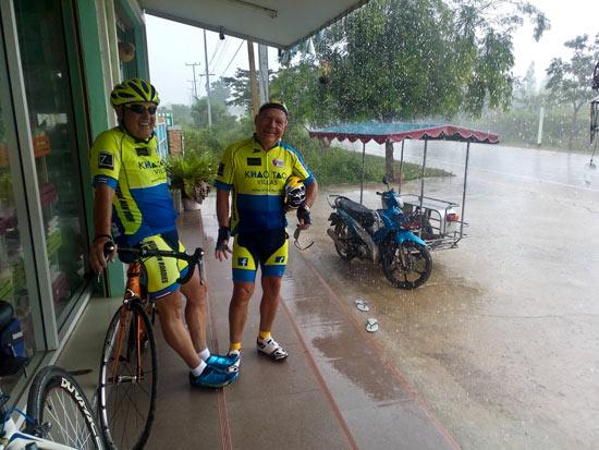 Eine kurze Regenpause mit Jean Moser