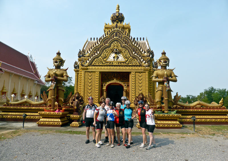 Pak Nam Pran Fishing villages: Khao Kalok Tempel: Pleasure bicycle Group Kathleen Weinreich